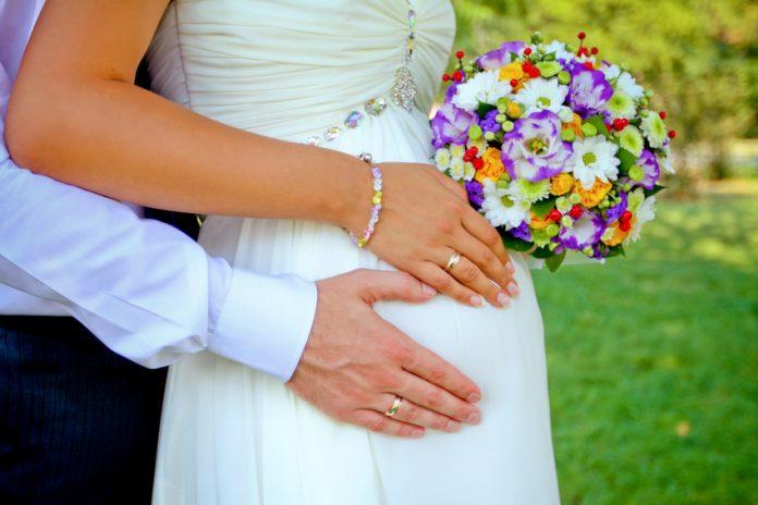 Как зарегистрировать брак при беременности?