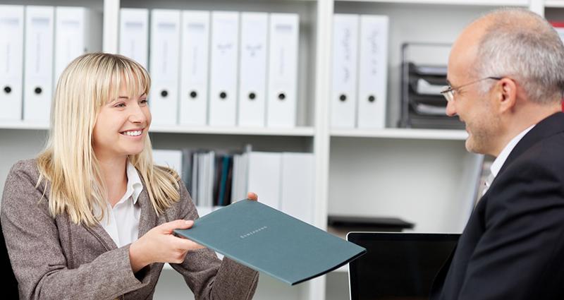 Как оформить дарственную на квартиру через МФЦ грамотно