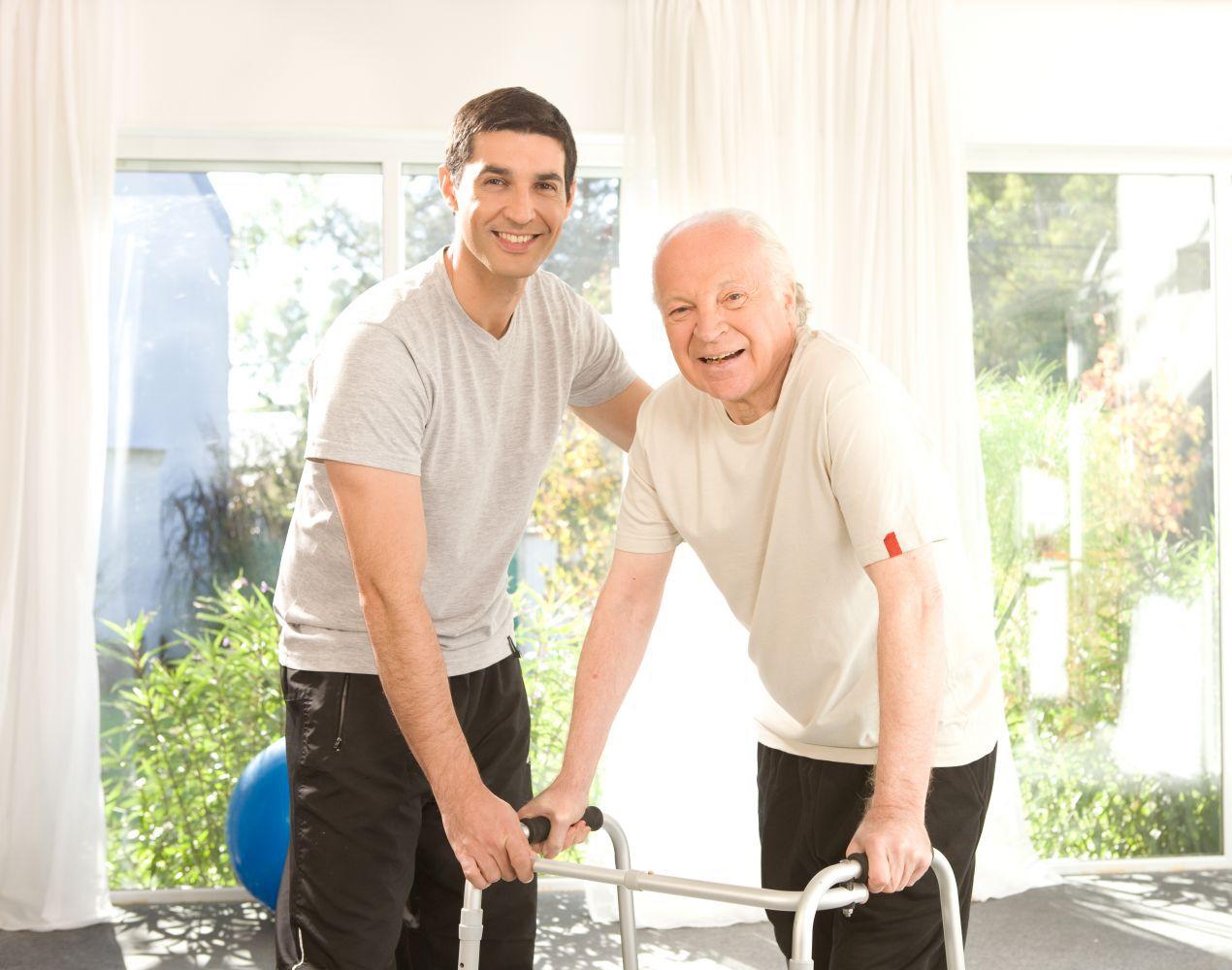 Права обязанности и выплаты опекунам над недееспособным пожилым человеком