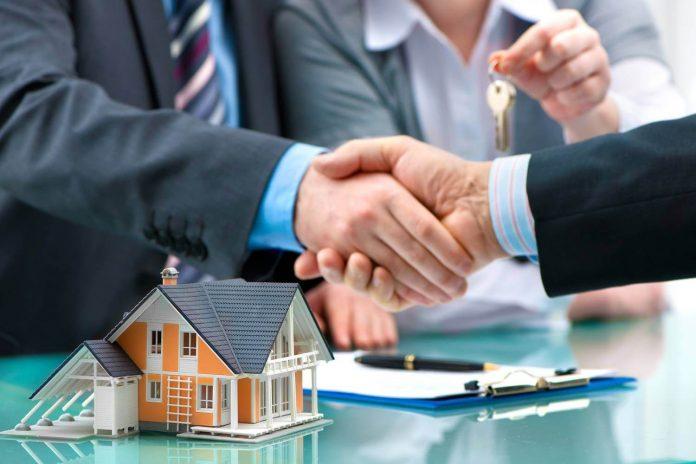 Как передать квартиру в собственность сыну